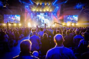SendConferenceSocal Worship3
