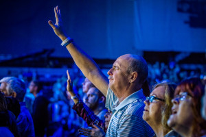 SendConferenceSocal Worship4