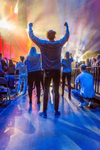 SendConferenceSocal Worship5